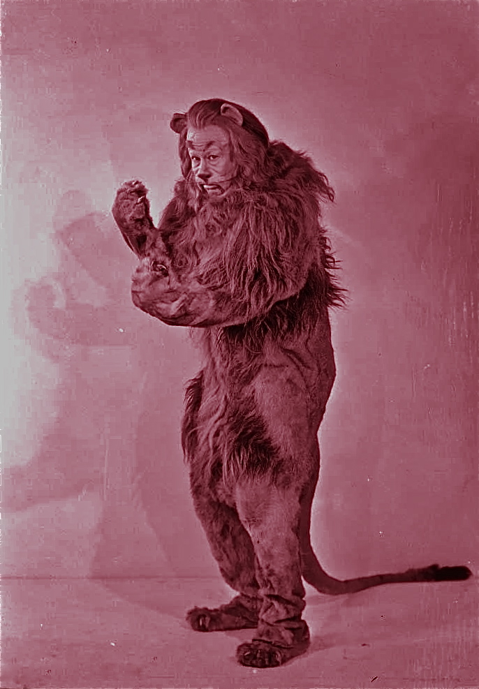 wwizard-of-oz-cast-photo-1939_cowardly-lion-bert-lahr