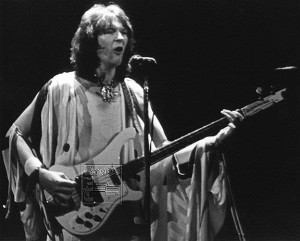 YES05_Chris_Squire-Monochrome