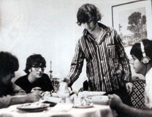ringo pours the tea at breakfast in 1965 beatles