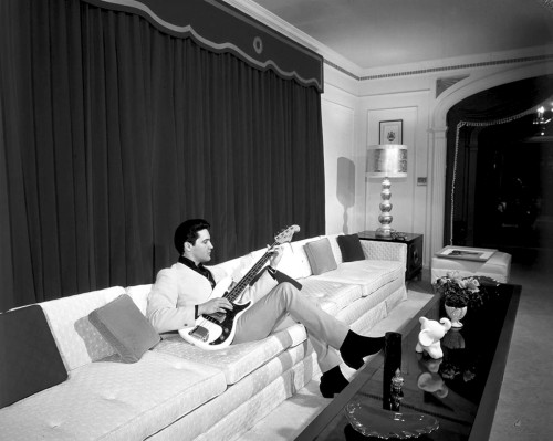 elvis-graceland-thecommercialappeal